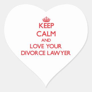 Guarde la calma y ame a su abogado de divorcio pegatinas corazon personalizadas