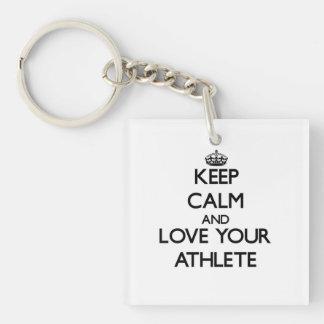 Guarde la calma y ame a su atleta llavero