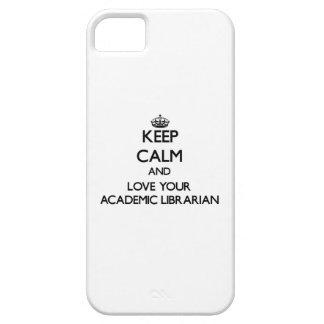 Guarde la calma y ame a su bibliotecario académico iPhone 5 Case-Mate cobertura