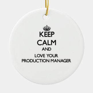 Guarde la calma y ame a su encargado de producción ornaments para arbol de navidad