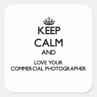 Guarde la calma y ame a su fotógrafo comercial calcomania cuadradas personalizadas