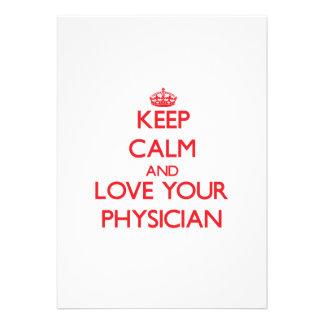 Guarde la calma y ame a su médico invitacion personalizada