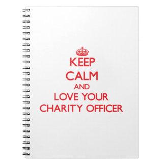 Guarde la calma y ame a su oficial de la caridad libro de apuntes