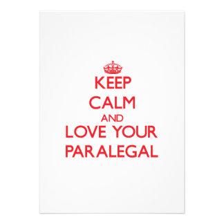 Guarde la calma y ame a su Paralegal Invitaciones Personalizada