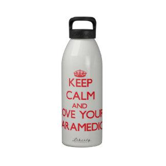 Guarde la calma y ame a su paramédico botella de agua reutilizable