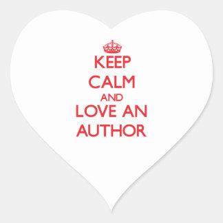 Guarde la calma y ame a un autor calcomania corazon