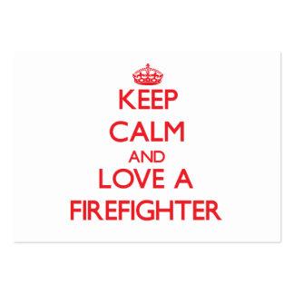 Guarde la calma y ame a un bombero tarjetas de visita