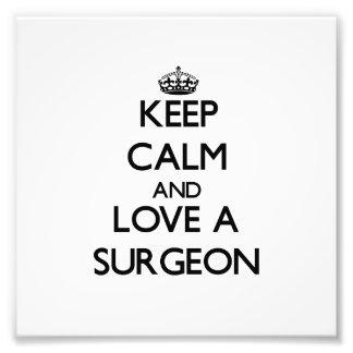 Guarde la calma y ame a un cirujano foto
