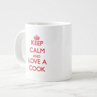 Guarde la calma y ame a un cocinero tazas jumbo