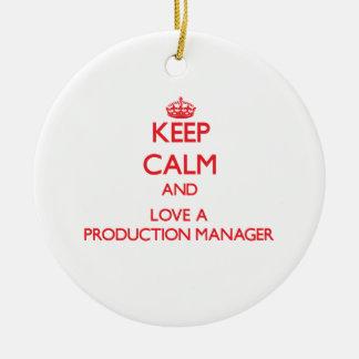 Guarde la calma y ame a un encargado de producción adornos de navidad