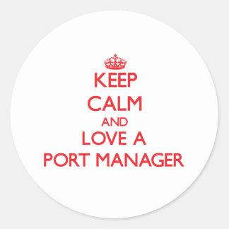 Guarde la calma y ame a un encargado del puerto