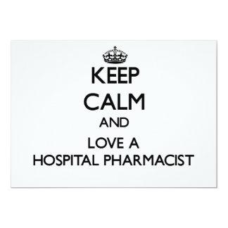 Guarde la calma y ame a un farmacéutico del invitaciones personales