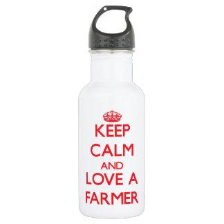 Guarde la calma y ame a un granjero