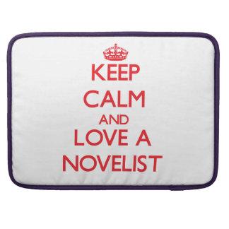Guarde la calma y ame a un novelista fundas para macbooks