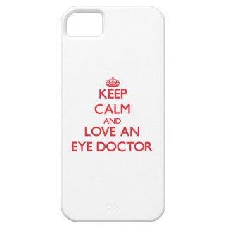 Guarde la calma y ame a un oculista iPhone 5 cárcasa