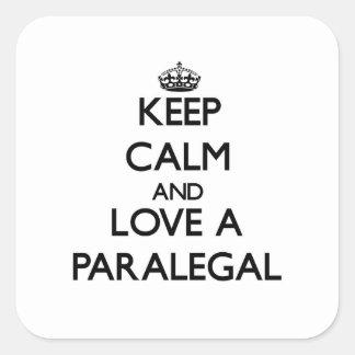 Guarde la calma y ame a un Paralegal Pegatina Cuadradas