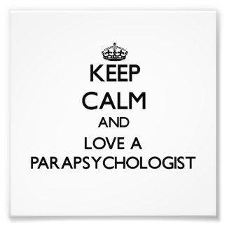 Guarde la calma y ame a un Parapsychologist