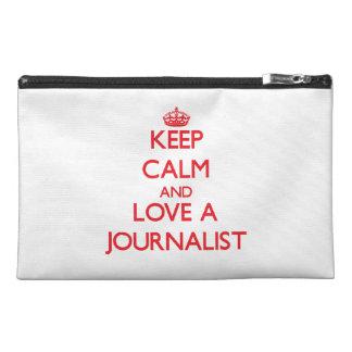 Guarde la calma y ame a un periodista