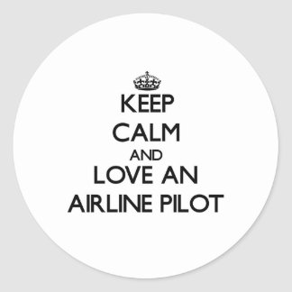 Guarde la calma y ame a un piloto de la línea pegatinas redondas
