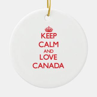 Guarde la calma y ame Canadá Ornamentos De Navidad