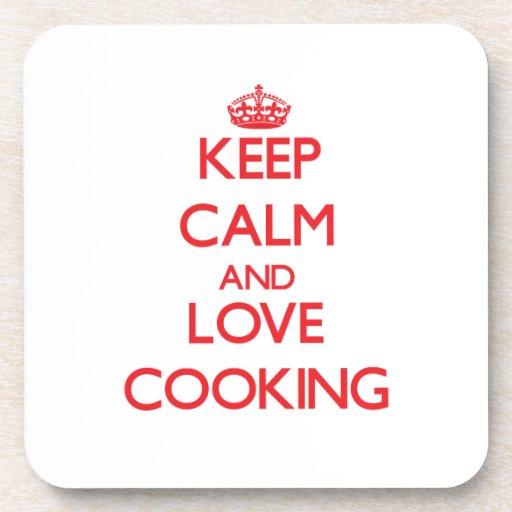 Guarde la calma y ame el cocinar posavasos de bebida