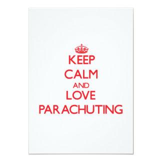 Guarde la calma y ame el lanzarse en paracaídas invitación 12,7 x 17,8 cm