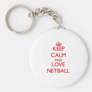 Guarde la calma y ame el Netball Llavero Redondo Tipo Pin