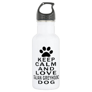 Guarde la calma y ame el perro del galgo italiano