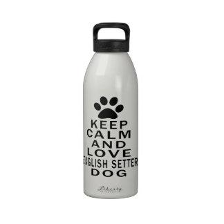 Guarde la calma y ame el perro del organismo inglé botella de beber