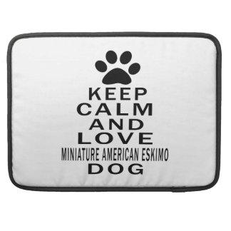 Guarde la calma y ame el perro ESQUIMAL AMERICANO  Funda Macbook Pro
