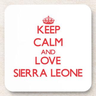 Guarde la calma y ame el Sierra Leone Posavasos