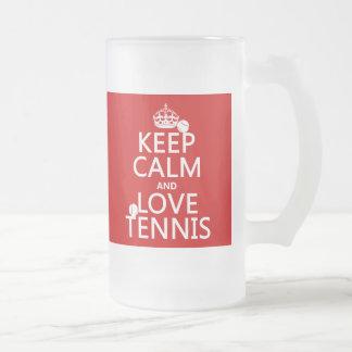 Guarde la calma y ame el tenis el color del perso taza de café