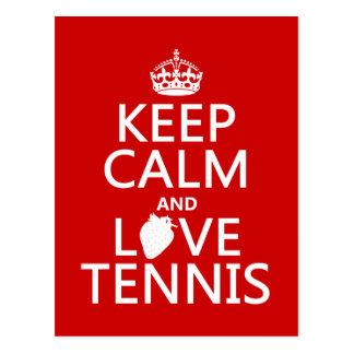 Guarde la calma y ame el tenis en cualquier color postal
