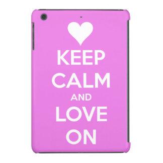 Guarde la calma y ame en rosa funda de iPad mini