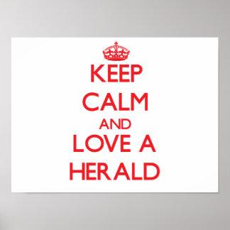 Guarde la calma y ame Herald Posters