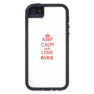 Guarde la calma y ame Irvine iPhone 5 Protector