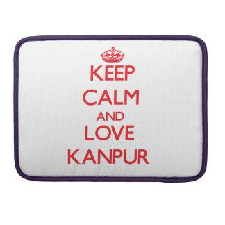 Guarde la calma y ame Kanpur Fundas Macbook Pro