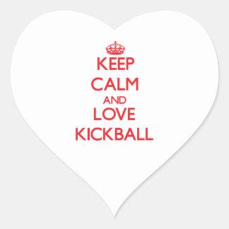 Guarde la calma y ame Kickball Calcomanías Corazones