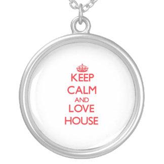 Guarde la calma y ame la casa joyeria personalizada