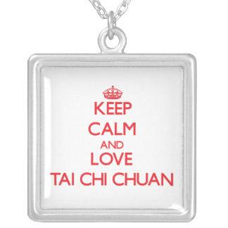 Guarde la calma y ame la ji Chuan del Tai Pendientes