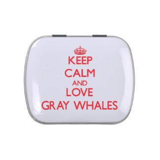 Guarde la calma y ame las ballenas grises jarrones de caramelos