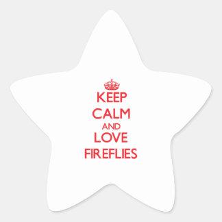 Guarde la calma y ame las luciérnagas pegatina en forma de estrella
