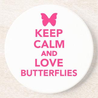 Guarde la calma y ame las mariposas posavasos personalizados