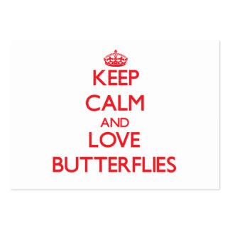Guarde la calma y ame las mariposas plantillas de tarjeta de negocio
