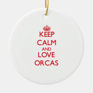 Guarde la calma y ame las orcas ornamentos de navidad