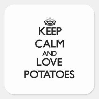 Guarde la calma y ame las patatas pegatina cuadrada