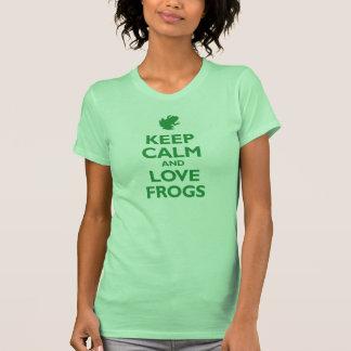 Guarde la calma y ame las ranas (el verde de Kelly Camiseta