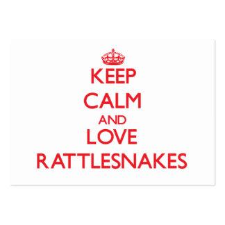 Guarde la calma y ame las serpientes de cascabel tarjetas personales
