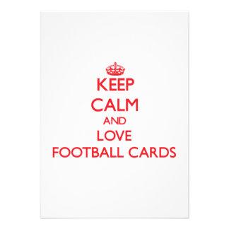 Guarde la calma y ame las tarjetas del fútbol invitacion personalizada