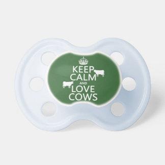 Guarde la calma y ame las vacas (todos los colores chupete de bebé